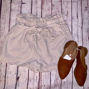 Tie Shorts Tan Size Large Romeo & Juliet Couture